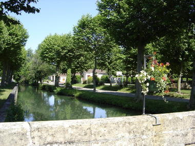 Catus : Vieux Pont Vue sur le Vert