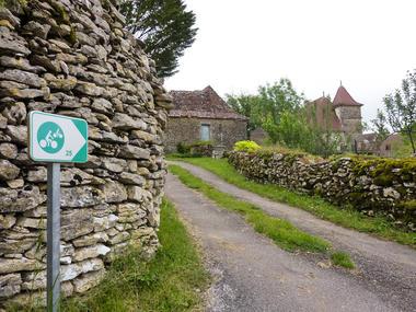 Artix - Entre murets et maisons de pierre_03 © Lot Tourisme - C. Sanchez