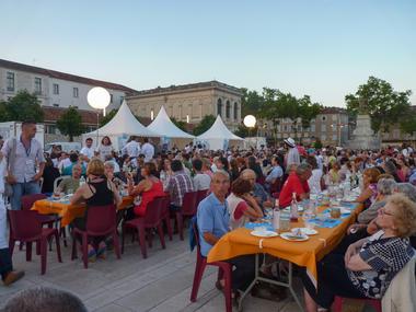 Banquet du festival Lot of Saveurs 2014--© Lot Tourisme C. Séguy