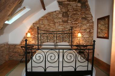 Boussagou - Le Pigeonnier - Chambre avec ensuite salle de bain