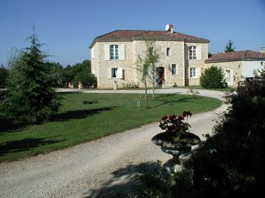Vue du chateau de Rouffiac