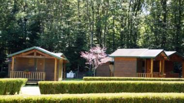 Camping-Municipal-la-Croix-de-Brunal-St-Martin-la-Meanne-Chalets