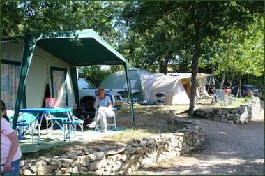 Camping Les Teuillères