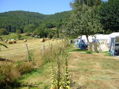 Camping à la campagne 2 - Camping le Vaurette - Argentat - Vallée de la Dordogne