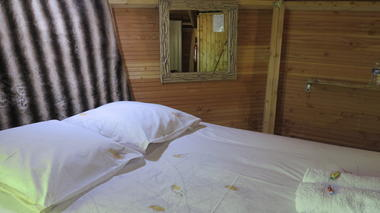 Cabanes Silvae - Camps-Saint-Mathurin -INTERIEUR LORIOT