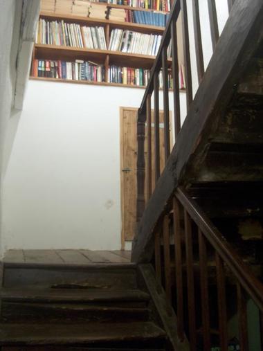 ChHotesLePetitChat-escalier_Beaulieu