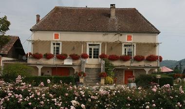 ChâteauFamaey en fleurs