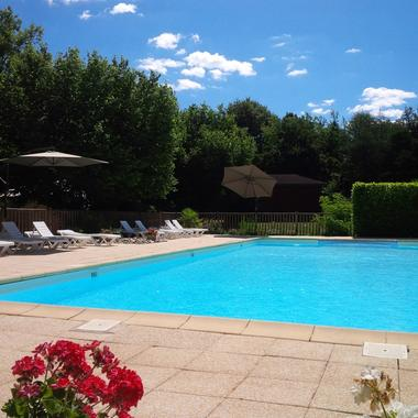 Chalets de Mirandol-Vayrac-piscine