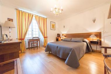 Chambre 4 - La Maison des Chanoines - Turenne - Vallée de la Dordogne
