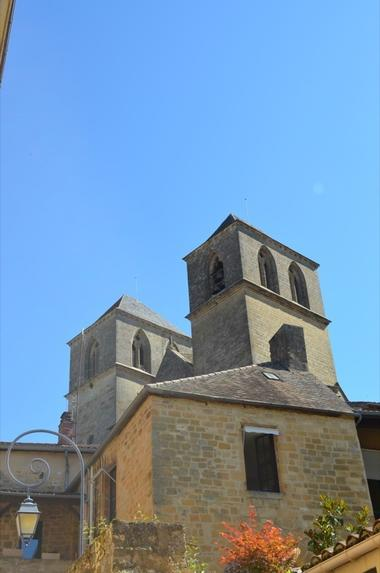 Cite Medievale de Gourdon - Eglise St Pierre