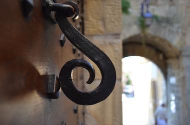 Cite Medievale de Gourdon - Porte du Majou