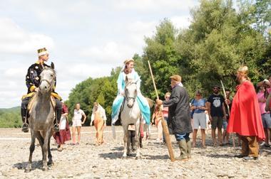 Centre Equestre Cheval Rando Equitation - Creysse