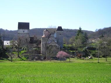 Saint Sozy : Château Tour