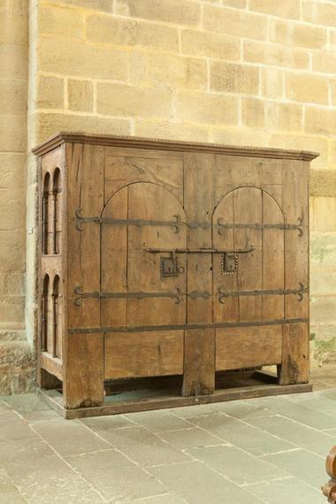 EgliseAbbatialeAubazine-armoire