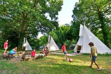 En camping aux Cournoulises_12 © Lot Tourisme - C. ORY