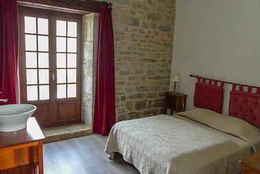Espagnac St Eulalie-gite 297 chambre_gd_lit_