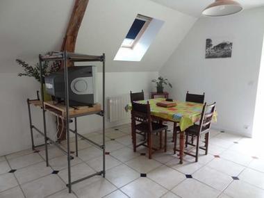 Gite Paunac salle à manger