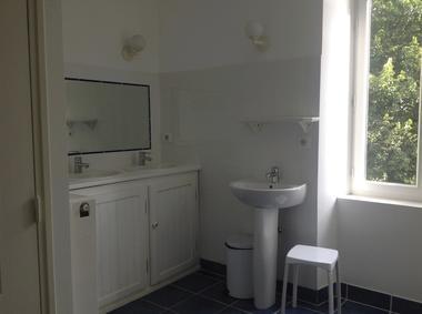 Gîte d'étape du Gua-Figeac-Salle de bains