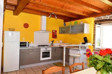 GîteCHANEL-Lagleygeolle_cuisine