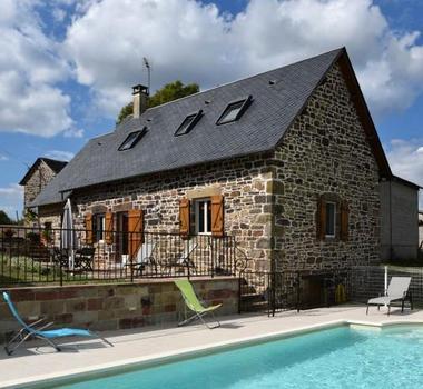 GîteCHANEL-Lagleygeolle_maison&piscine