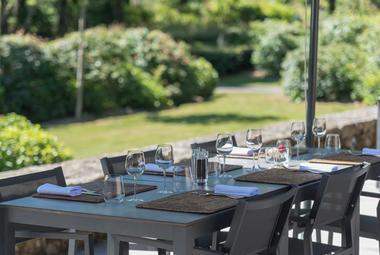 HDEF-les jardins de sothys-restaurant-auriac-terrasse 2-®pauseyourlife