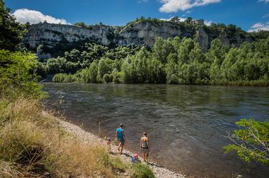 Halte sur les berges de la Dordogne - ENS de Floirac_09 © Lot Tourisme - C. ORY