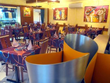 Hotel Restaurant Le Centre - Salle de Restaurant