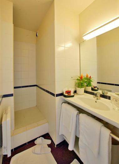 Hotel le Chateau-Rocamadour-Salle de douche