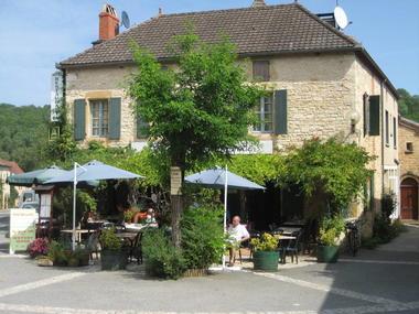 Hôtel Restaurant Hostellerie de Goujounac