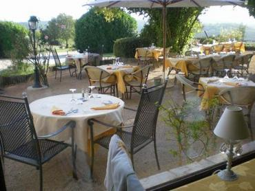 Hôtel Restaurant Les Vieilles Tours