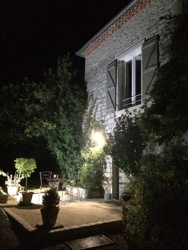 La Tour du Grillon - Chambres et Appartements d'hôtes