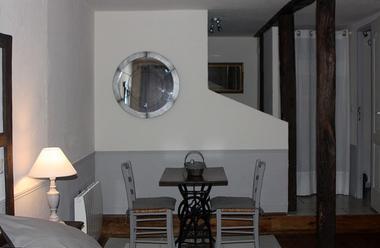 LaPébrunelle-PuyD'Arnac_chambreGrise