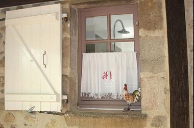 LaPebrunelle-PuyD'Arnac_detailFenetre