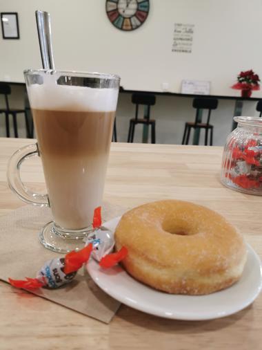 Le-Lurcat-Saint-Cere-donuts
