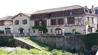 Le Victor Hugo_Saint-Céré_côté rivière