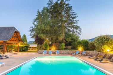Le sablier du temps_Argentat_piscine
