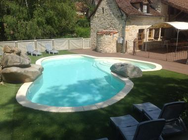 Loustalauthentique_LissacetMouret_Piscine