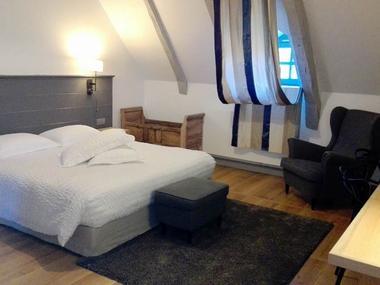 MaisonDesJardinsSothys-Auriac_chambre3
