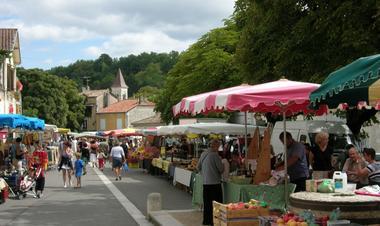 Marché de Montcuq