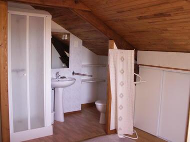 salle d'eau dans chambre