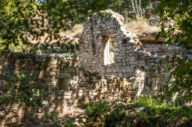 Ruines du moulin de Cabouy © Lot Tourisme - C. ORY