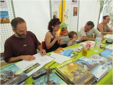 Salon du Livre Préhistorique - Roudier dédicace - Musée de l'Homme de Neandertal
