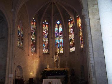 Eglise Saint-Hilaire Vitraux
