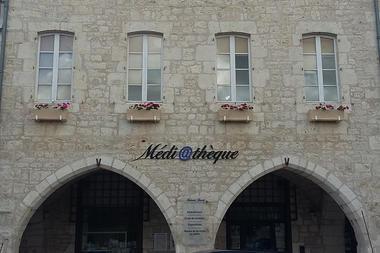 facade-mediatheque-cm-01