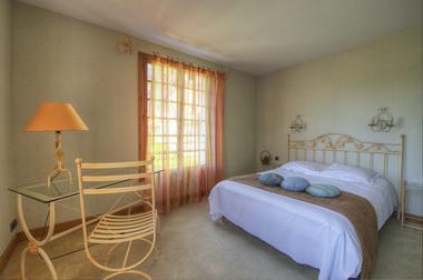 hotel les falaises-gluges martel-chambre4