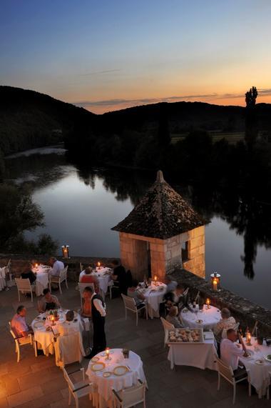 le chateau de la treyne_lacave_terrasse
