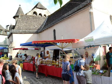 marché de Producteurs de Pays Monceaux-sur-Dordogne