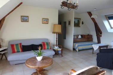 Salon de l'étage avec canapé convertible pour 2 personnes