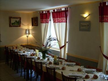 Chez Louis Restaurant 8