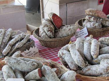 Marché Montfort - saucissons